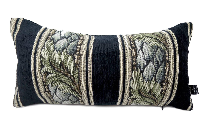 シックなストライプ模様のゴブラン織りヴィンテージが重厚感のクッション