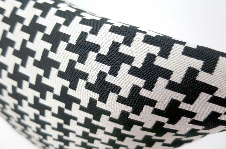 The Houndstooth Check 千鳥格子クッションカバー ブラック ラメシルバー 45×45cm