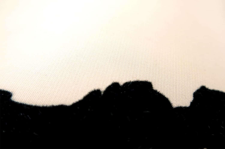 OSBORNE&LITTLEの可愛いワンちゃん柄キャンディー型クッション 45cm