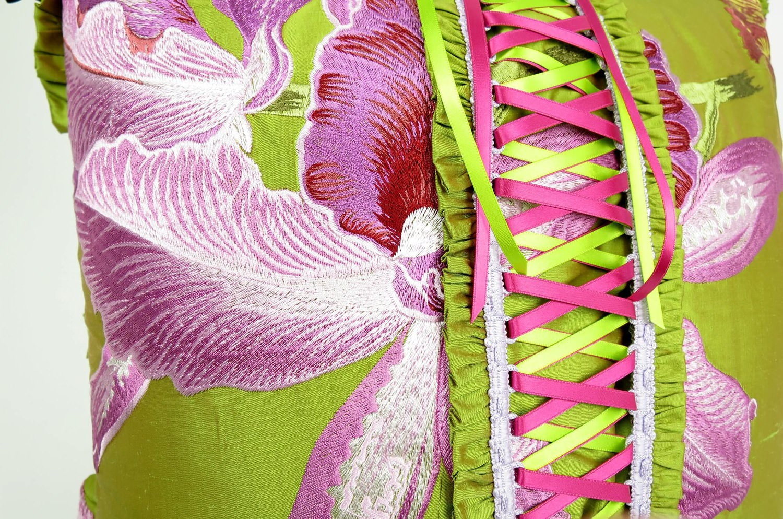 マリーアントワネットのイブニングドレスの様なLORCA生地クッションカバー 45×45