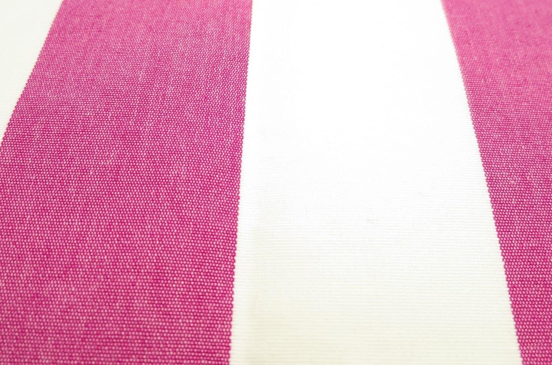 ワンちゃんと一緒に寛ぐピンクストライプビッグソファークッション 抗菌・消臭加工済
