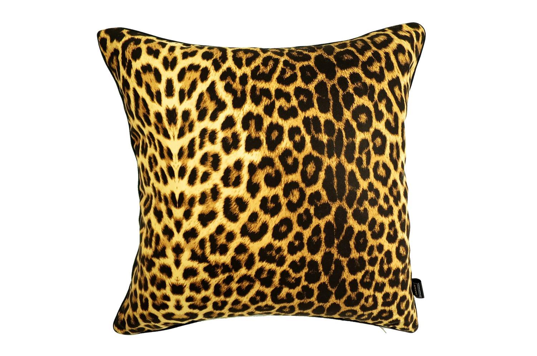 明るいイエローの 豹柄がスタイリッシュな アニマル柄クッションカバー 45×45