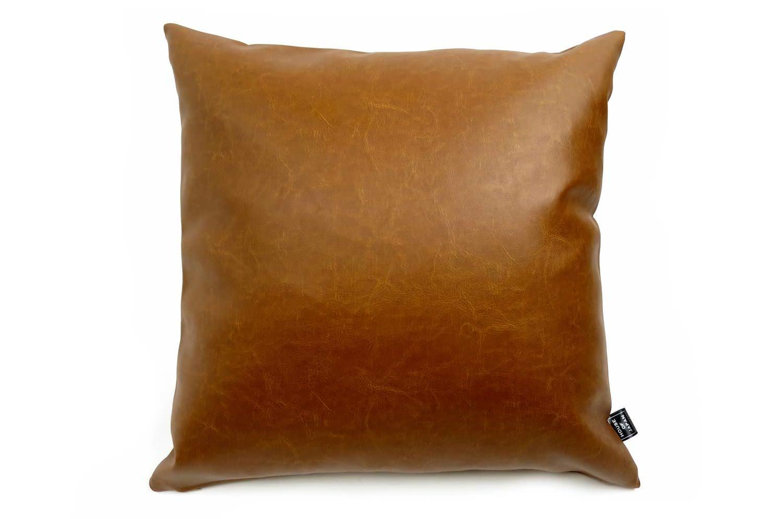 茶系のソファーに合う輸入高級フェイクレザーライトブラウンクッションカバー 45×45