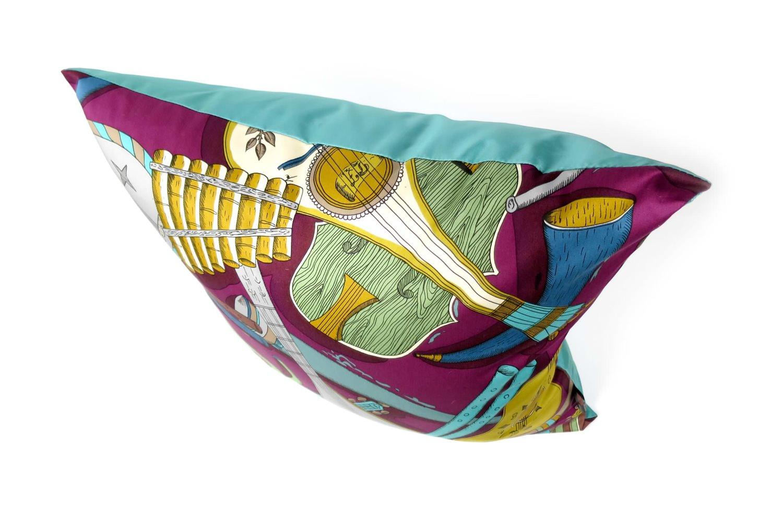 The Fornasetti ピエロフォルナセッティ&ジムトンプソンファブリック楽器柄ヴィンテージクッション パープルNo.02 50×50cm 中材付