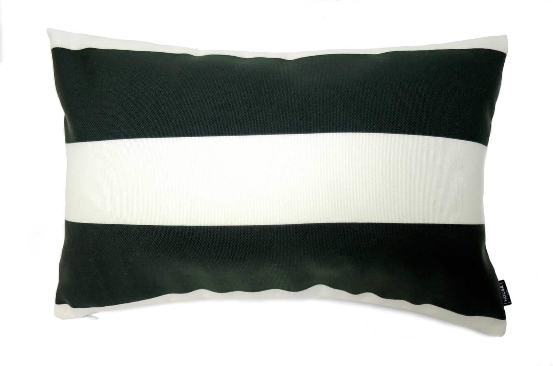 vc-black-white5032