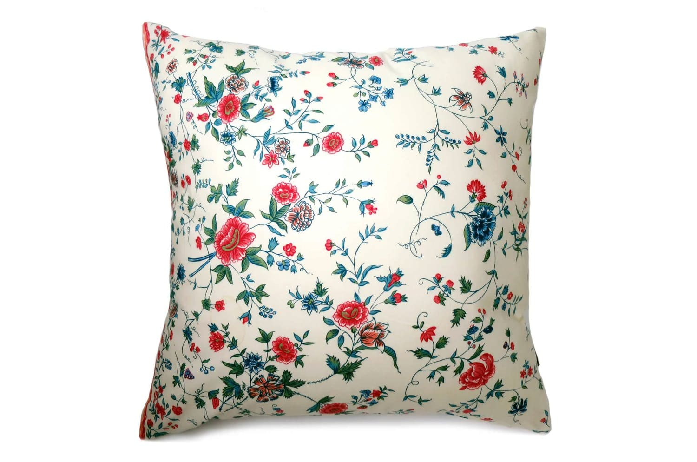 古典的でカラフルでエレガントな花柄ヴィンテージクッション 50×50