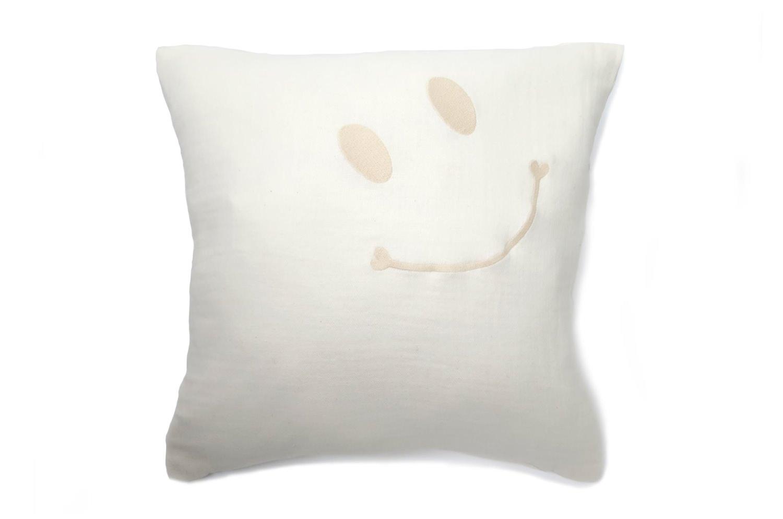 スマイル 『ニコフェイス®』/人に優しく安全なオーガニックコットン二重ガーゼにスマイル 『ニコフェイス®』刺繍のクッションカバー 45×45