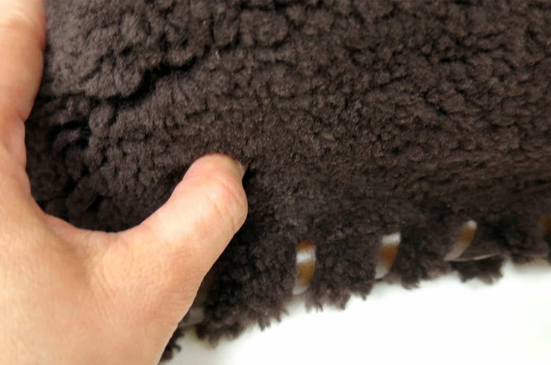 mouton-cushion-1