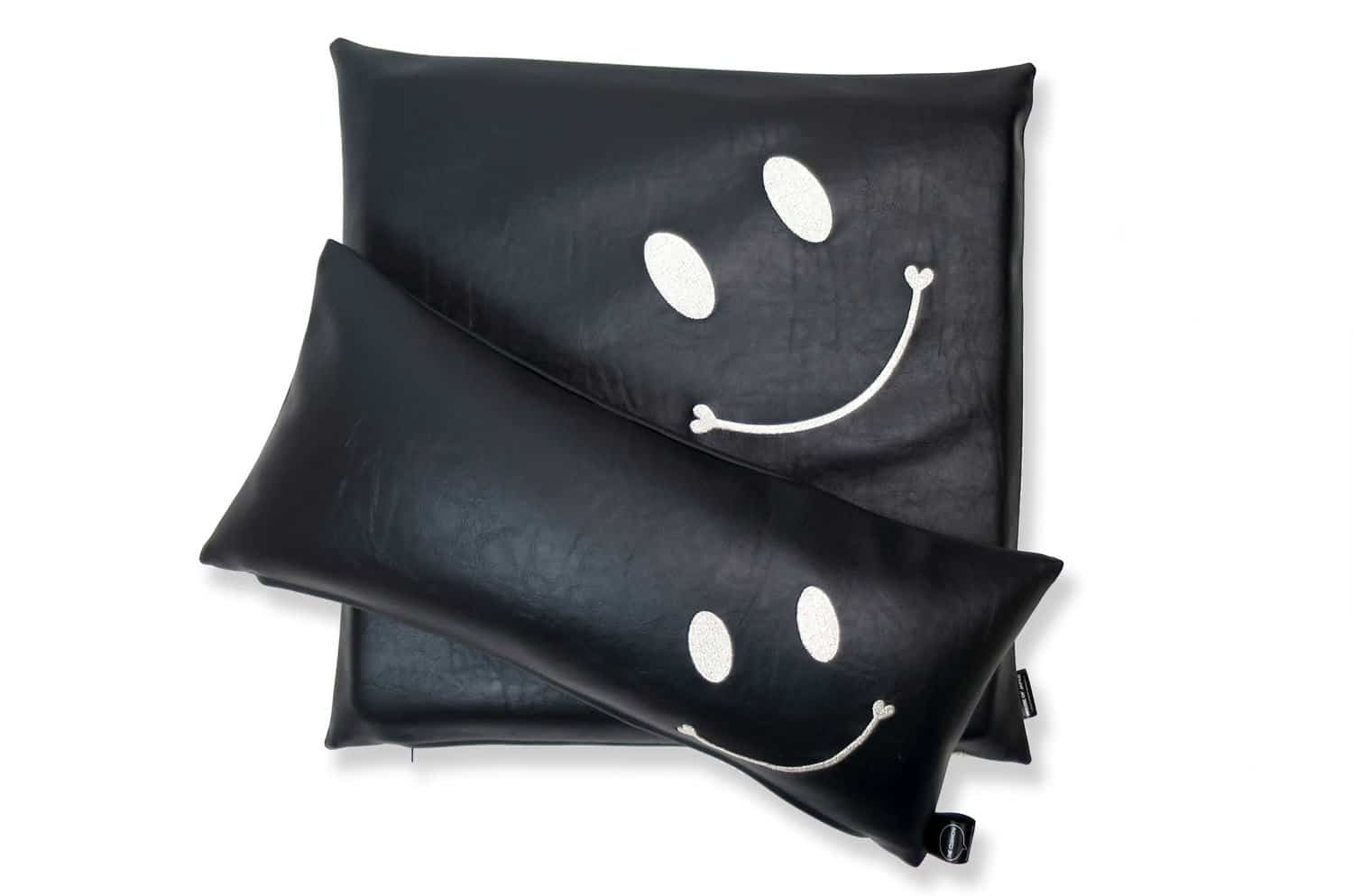 smile-set-black