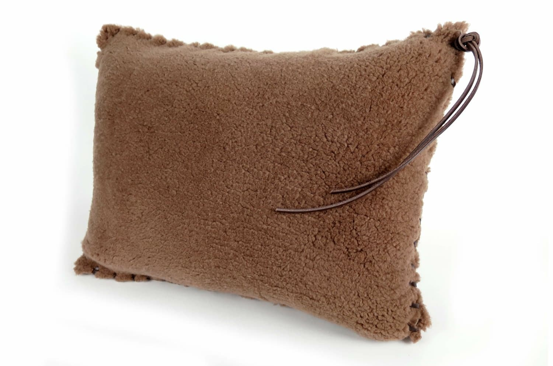 mouton-cushion-3