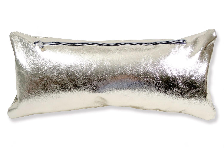 The HAKU ヤギ革クッション シャンパンゴールド箔×ラッカーニジップ 45×20cm 中材付