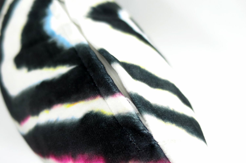 rioma スペイン製 起毛スエード調 color マーブル クッションカバー 50×50