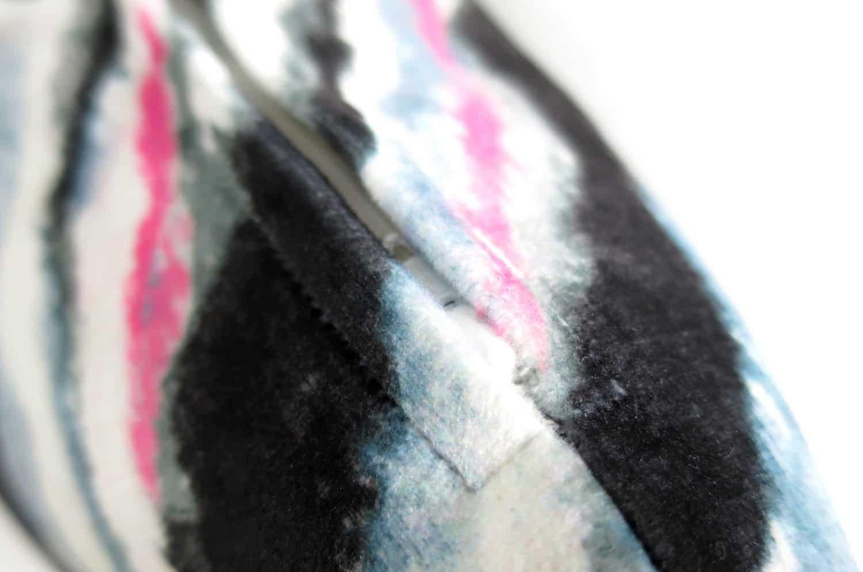 rioma スペイン製 起毛スエード調 zigzag カラー クッションカバー 50cm×50cm