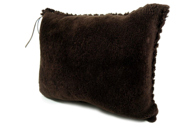 mouton-cushion-68-52