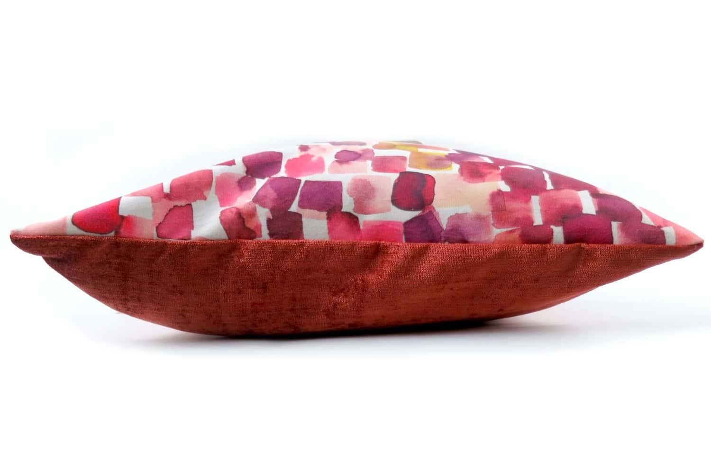 The Cubic スペイン製起毛スエードタッチキュービッククッション オレンジ 43×32cm 中材付