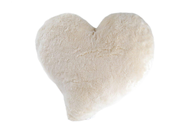 organic-whitebear-heart