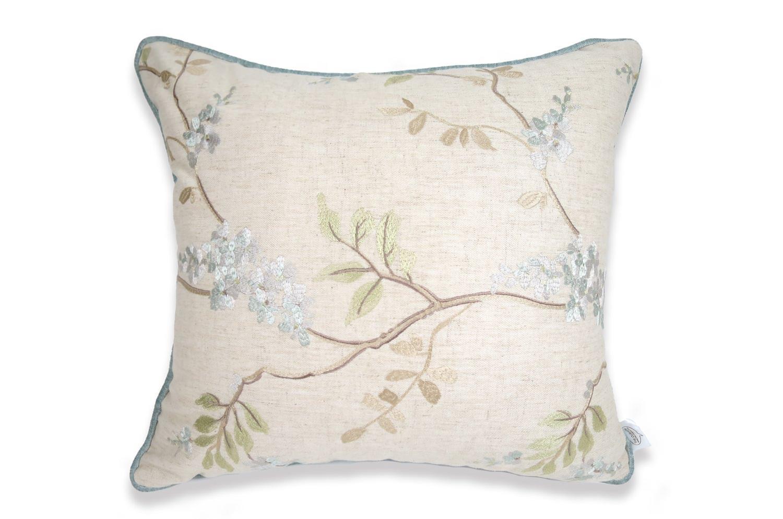 The Embroidery 刺繍リネンクッションカバー ベージュ×ブルー 43×40cm