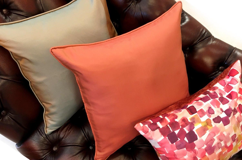 The Brick Orange ジムトンプソンシルク100%ブリックオレンジパイピングクッションカバー 45×45cm