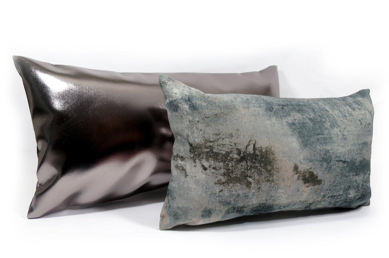 The Metal Silver メタルシルバークッション 70×36cm 中材付