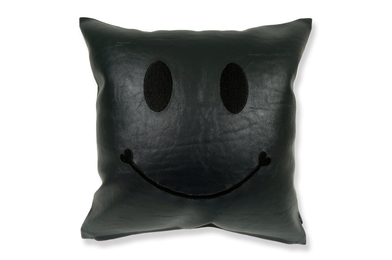The Chibi Smile チビスマイル ブラック 『ニコフェイス®』刺繍クッション ブラック 34×34cm 中材付