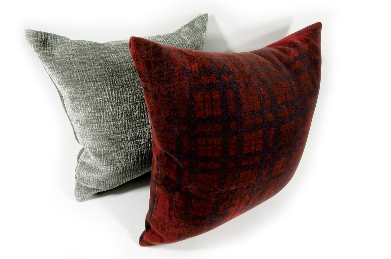 The Wool イタリア製高級ウール使用 柔らか横長クッションカバー ダークレッド 50×50cm