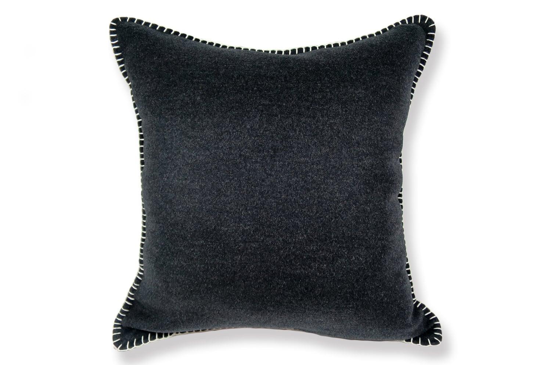 The Cashmere イタリア製高級柔らかカシミア使用 ステッチクッション ブラック 50×50cm 中材付