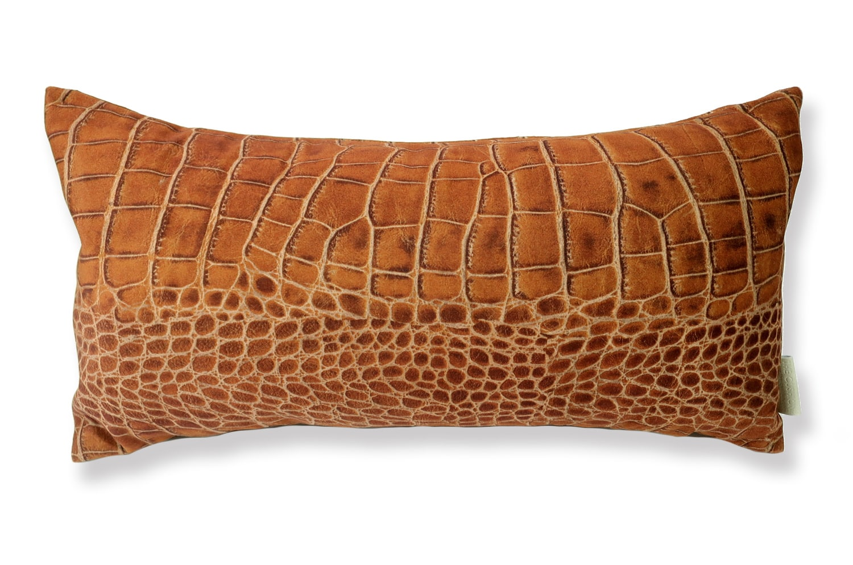 The Light brown Crocodile スペイン製 起毛スエード調 クロコダイル柄クッション ライトブラウン 50×25cm 中材付