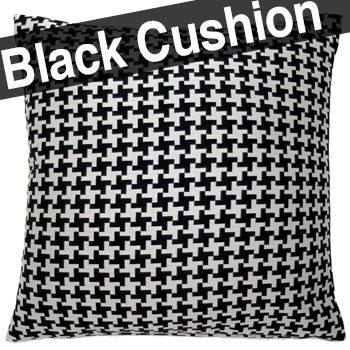 ブラック色とラメが所々に入ったシルバー色の千鳥格子クッションカバー 40×40