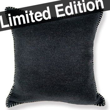 イタリア製 高級柔らかカシミア ステッチクッション ブラック 50×50(51×51) 中材付