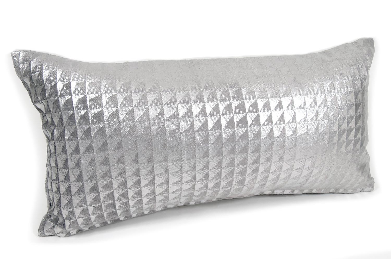 moonlit-pyramid-silver5025