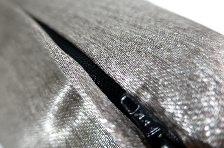The Metallic フィスバファブリック メタリッククッションカバー 45×45cm