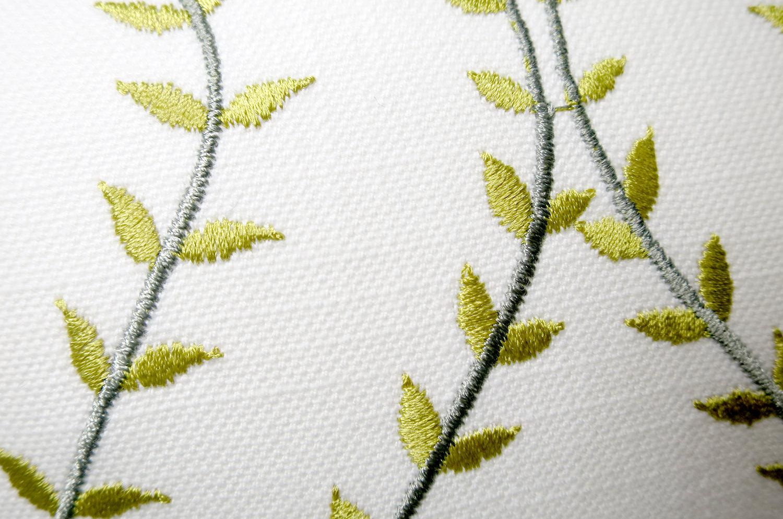The Green Leaf ナチュラルグリーンリーフ 大きめクッション 60×40cm 中材付