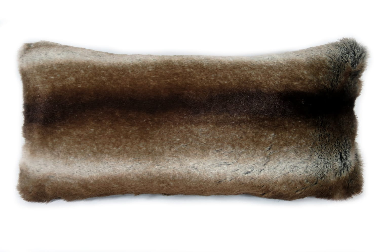 The Grizzly 至極の手触りグリズリーエコファー 横長クッション 56×28cm 中材付