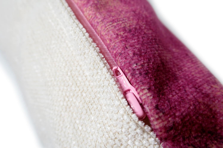 The Bordeaux Fluid  スペイン製 起毛スエード調 クッション ボルドー 50×30cm 中材付