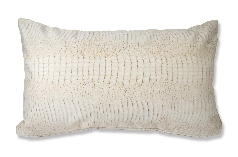 The White Crocodile スペイン製起毛スエードタッチ クロコ柄クッション ホワイト 50×30cm 中材付