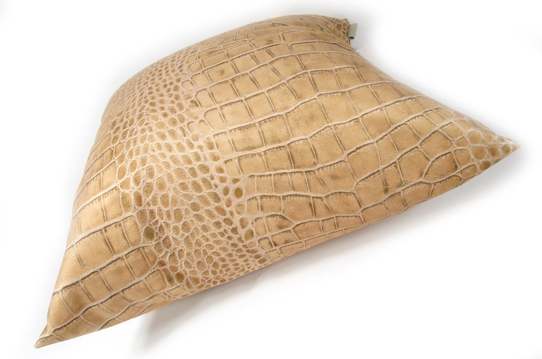 The Light beige Crocodile スペイン製 起毛スエード調 クロコダイル柄クッションカバー ベージュ 50×50cm