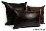 The Scratch Synthetic Leather スクラッチフェイクレザークッション ダークブラウン 45×30cm 中材付