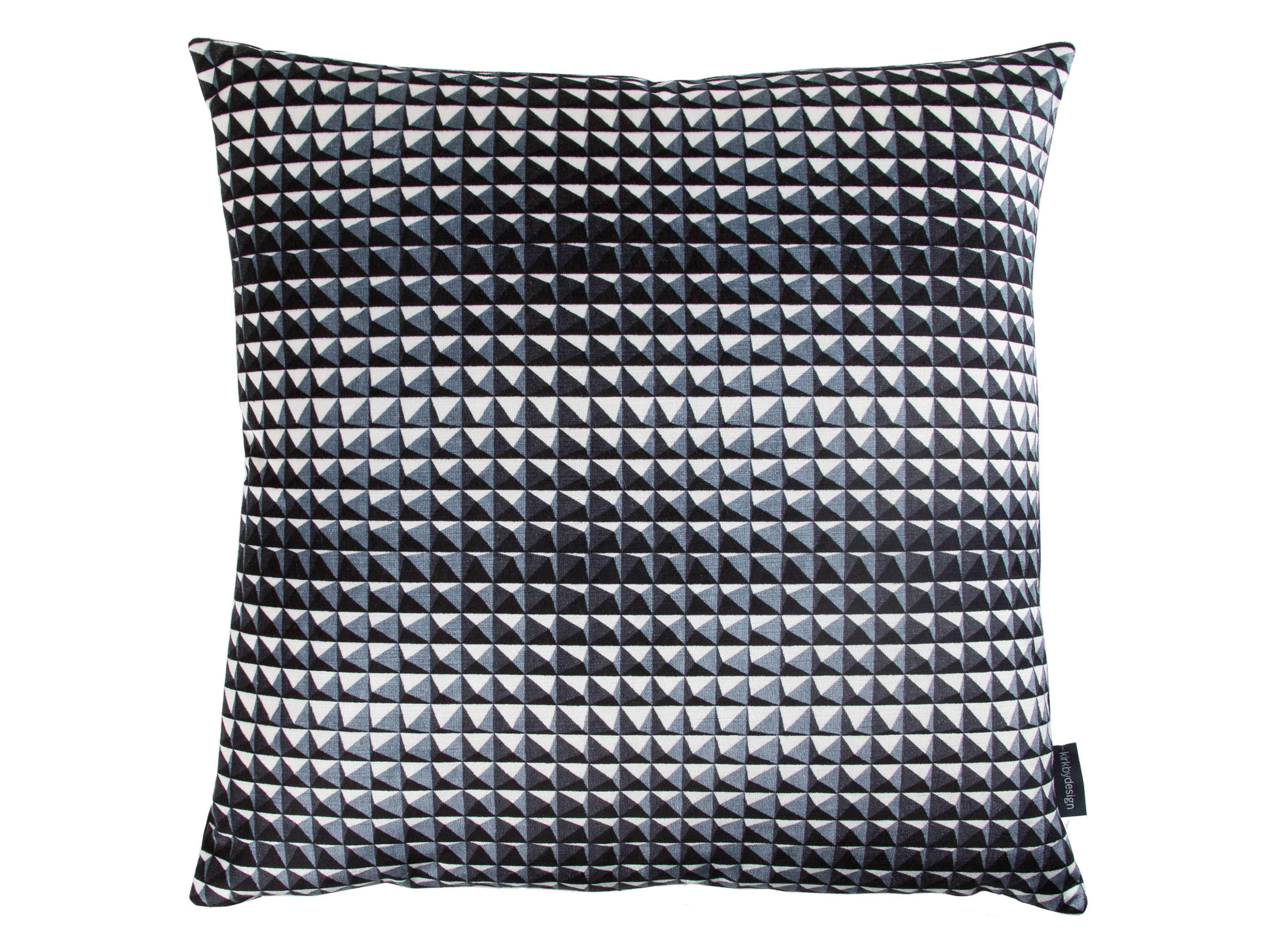 【海外取寄品】The Domino Pyramid クッションカバー Monochrome by kirkbydesign 50×50cm
