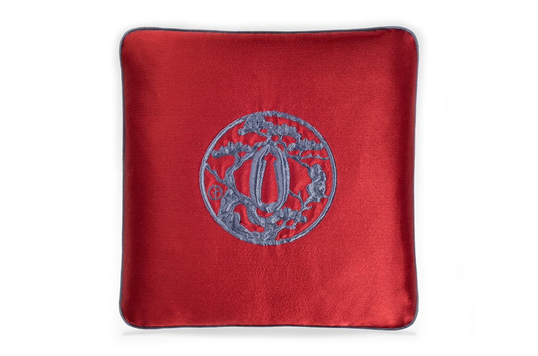 【海外取寄品】The ARMANI/CASA JAPAN アルマーニカーザジャパンクッション RUBIN RED/LAVANDER 40×40cm 中材付