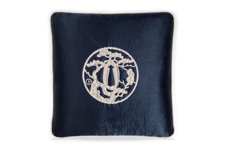 【海外取寄品】The ARMANI/CASA JAPAN アルマーニカーザジャパンクッション MIDNIGHT BLUE/SILVER 40×40cm 中材付