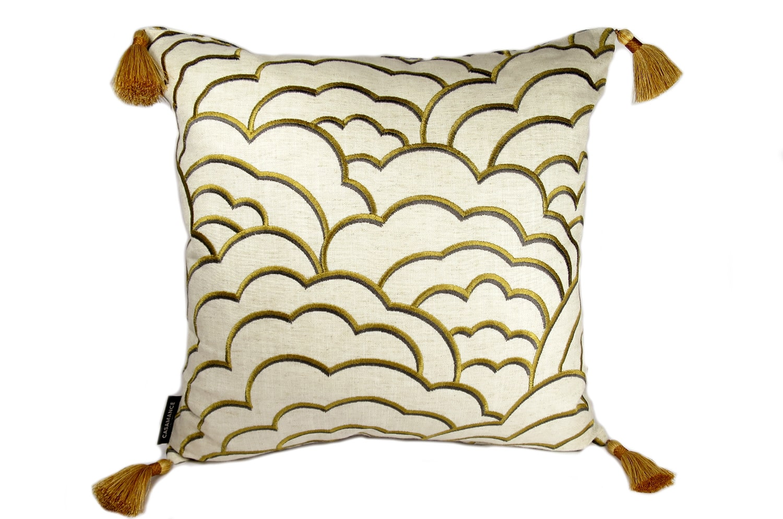 CASAMANCE(カサマンス)タッセル付き刺繍クッションカバー NO.379 45×45cm