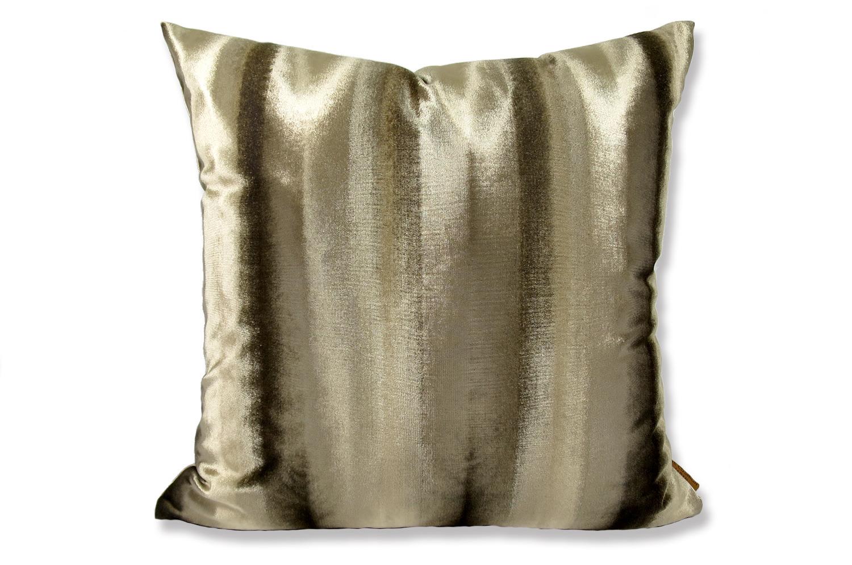 The Shiny Velvet Stripe シャイニーベルベットストライプクッションカバー ブラウン 50×50cm