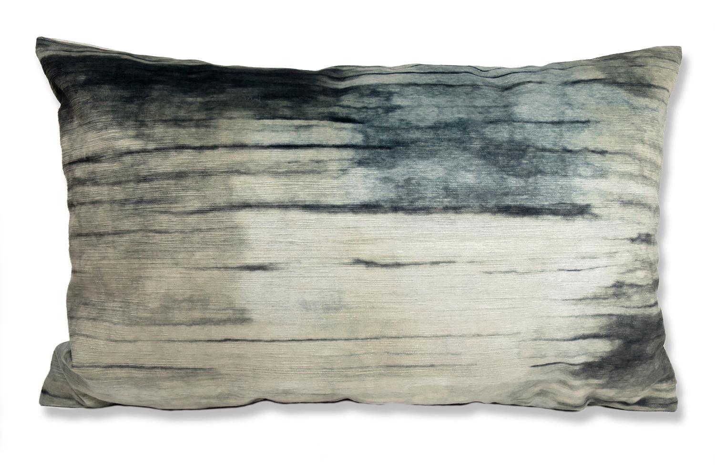 The Gray Wood 両面起毛スエード調クッション グレーウッド 60×37cm 中材付
