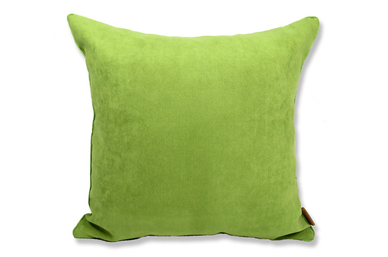 ライムグリーン色の美しさと、マットでキュートな可愛さのスエードタッチ45cmクッションカバー